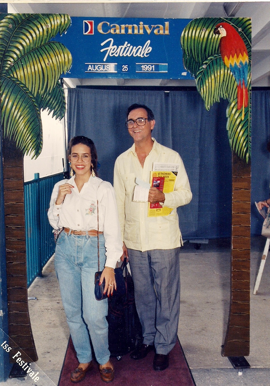 Ony y Porfirio Crucero Carnival 1991